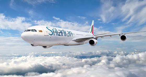 最初航空公司运营的两架波音707飞机由新加坡航空公司租借.